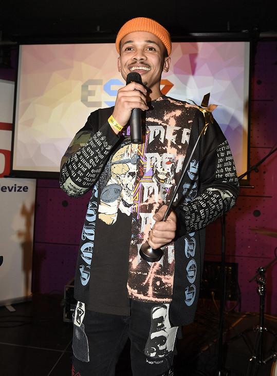 Na letošní Eurovizi jede za Česko Ben Cristovao.