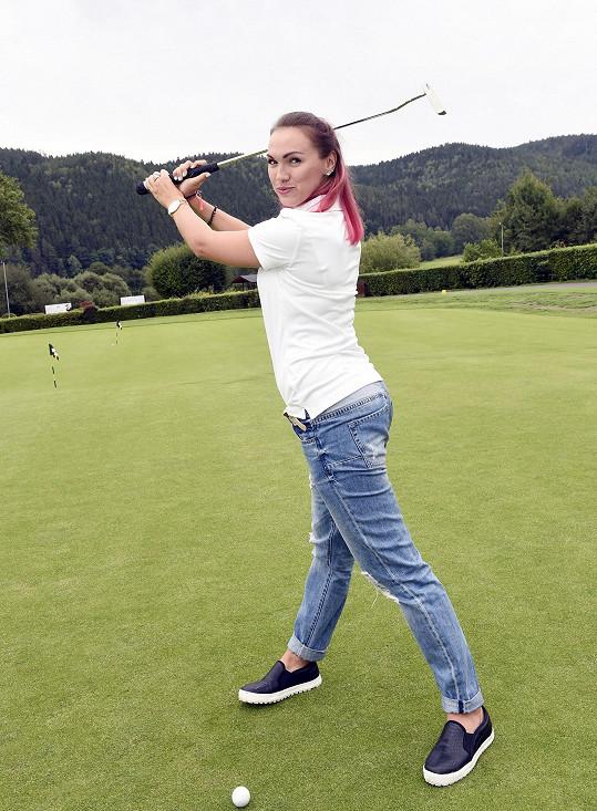 Kamila si nejprve zkoušela golf.