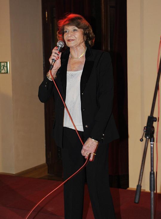 Yvetta Simonová na akci zpívala.