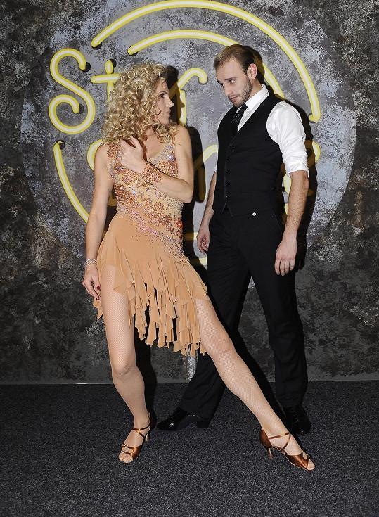 Leona se svým tanečníkem Michalem Necpálem