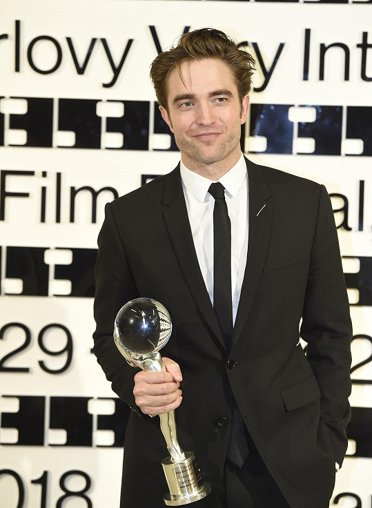 Robert Pattinson loni navštívil karlovarský filmový festival.