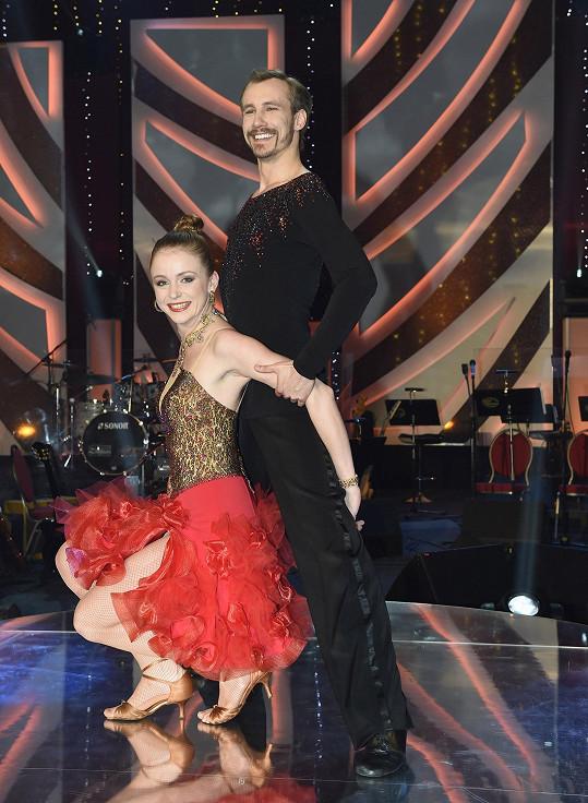 S tanečníkem Markem vypadá na parketu skvěle.