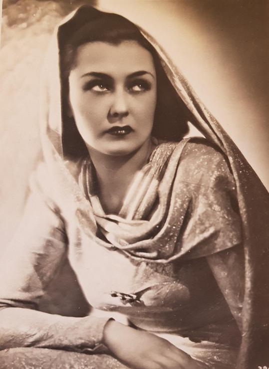 Hana Vítová. Byla krásná a točila i osm filmů ročně.