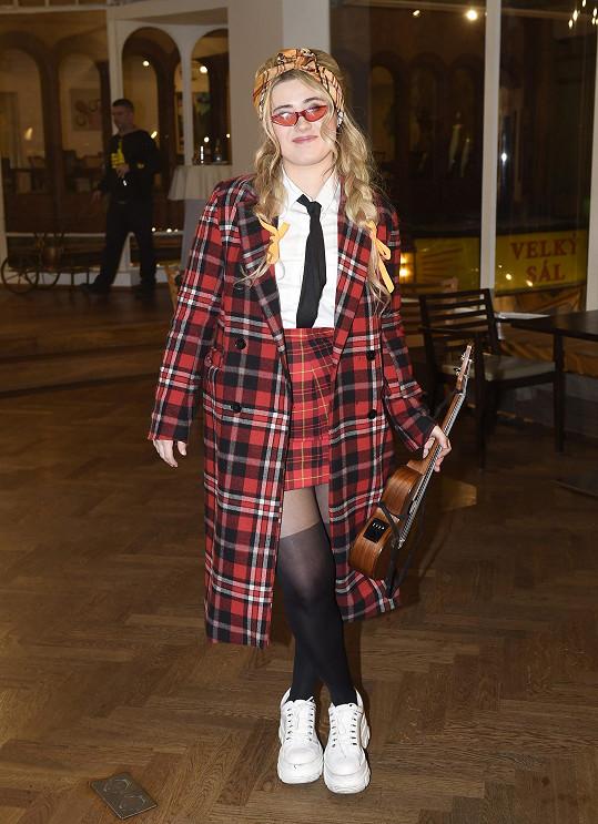Zpěvačka by ráda se svou písní reprezentovala Českou republiku v květnu v Rotterdamu.