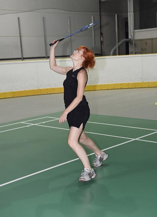Šel jí i badminton.