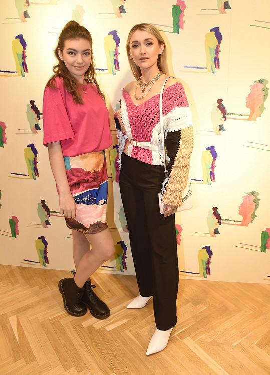 Nelly Řehořová a Sharlota Frantinová na představení nové studiové kolekce švédské módní značky