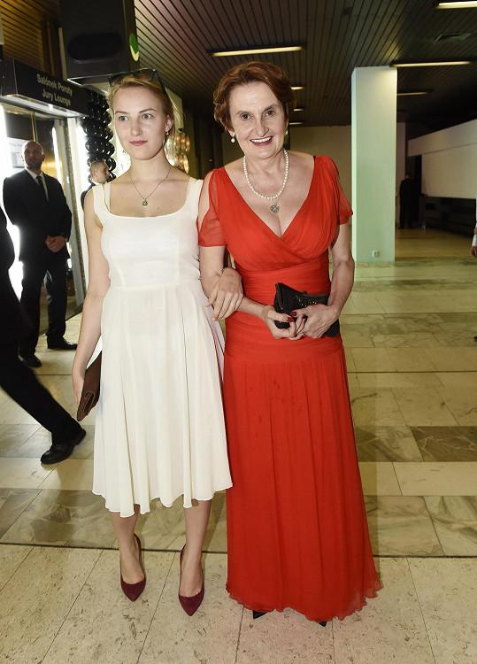 Herečka s dcerou