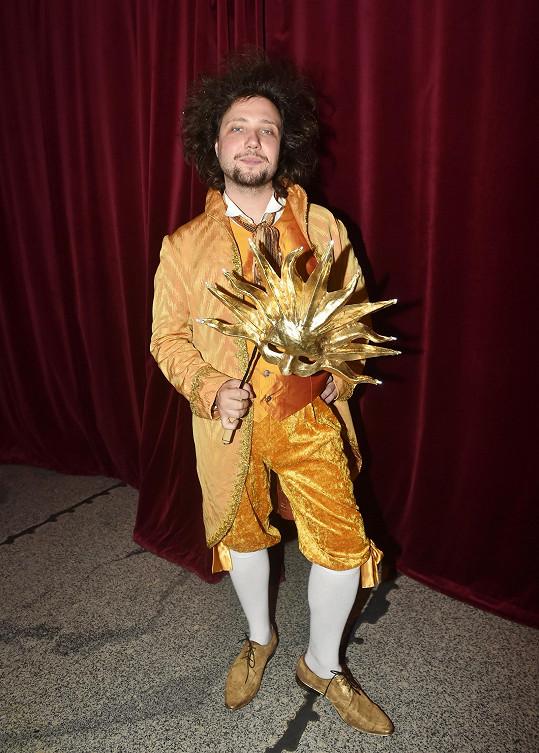 Po roli hloupého Honzy hudebníka těší, že hraje role milovníků a princů.