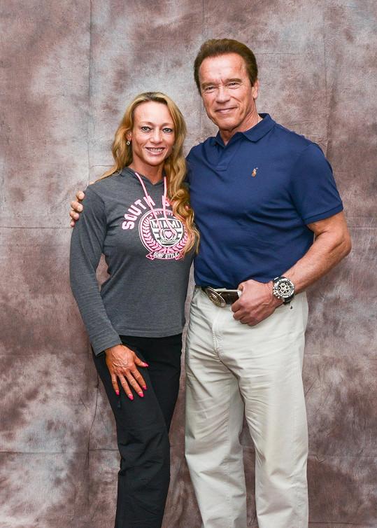 Margita se přátelí s Arnoldem Schwarzeneggerem.
