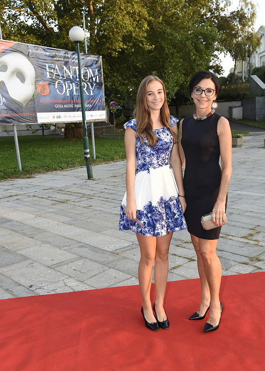 Libuše Šmuclerová s dcerou