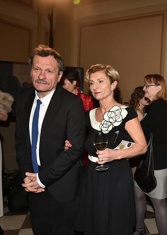 Film natočil její otec Miroslav Krobot.