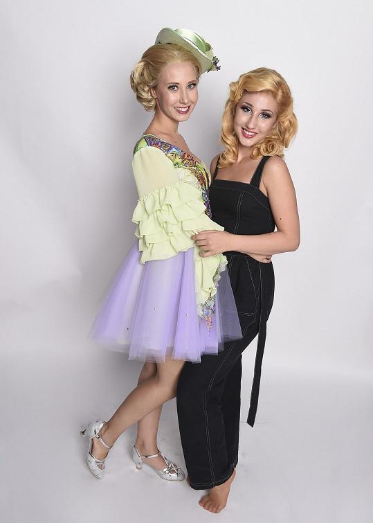 Denisa si spolu s Natálkou zahraje v muzikálu Čarodějka.