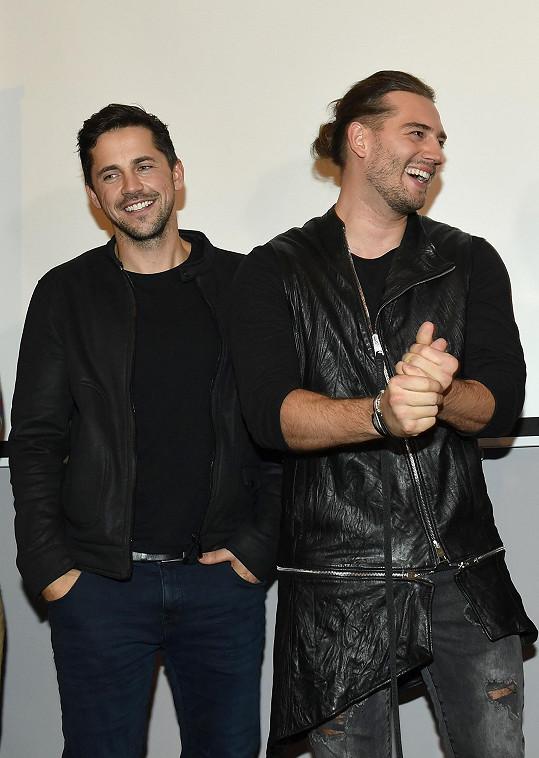 Petr Ryšavý a Jan Kopečný spolu založili kapelu Botox, s níž úspěšně vystupují a představili i nový klip.