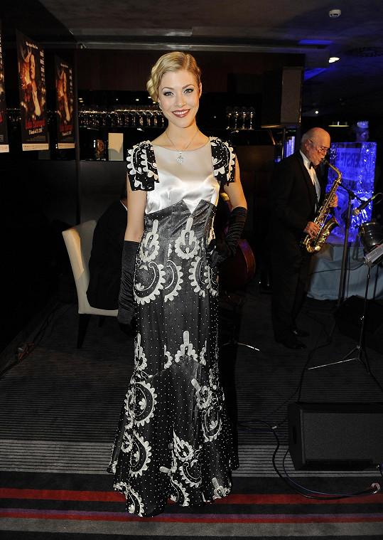 Kateřina Klausová měla šaty z barrandovského fundusu.