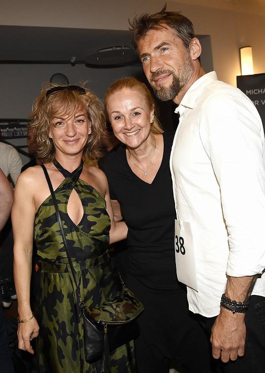 V Divadle Broadway se potkala i s Bořkem Slezáčkem a Lindou Finkovou.