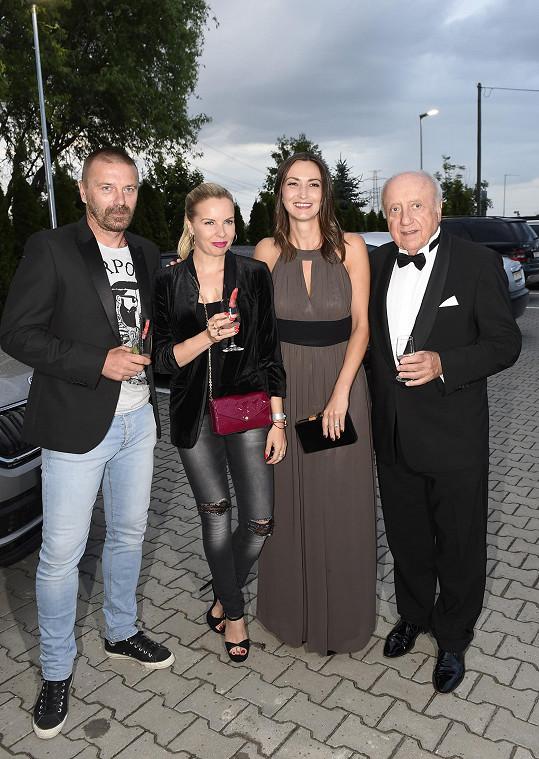 S dalším zamilovaným párem Felixem Slováčkem a Lucií Gelemovou