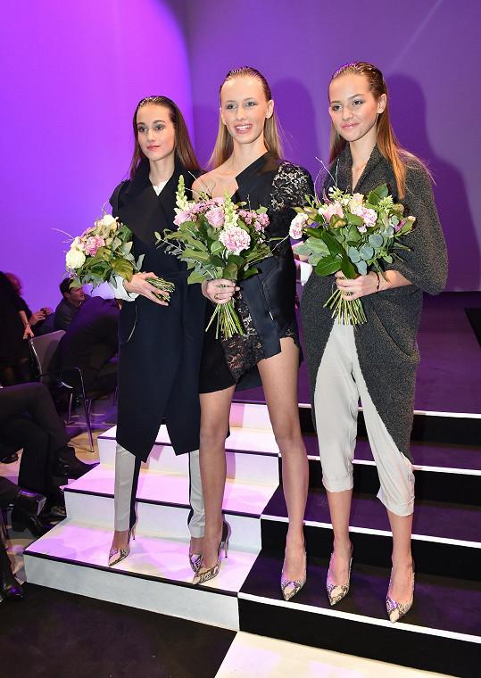 Po Nikole Krůželové se na druhé pozici umístila Michaela Petrečková, nejfavorizovanější dívka ze čtenářské ankety, a třetí místo obsadila Slovenka Karin Závodská.