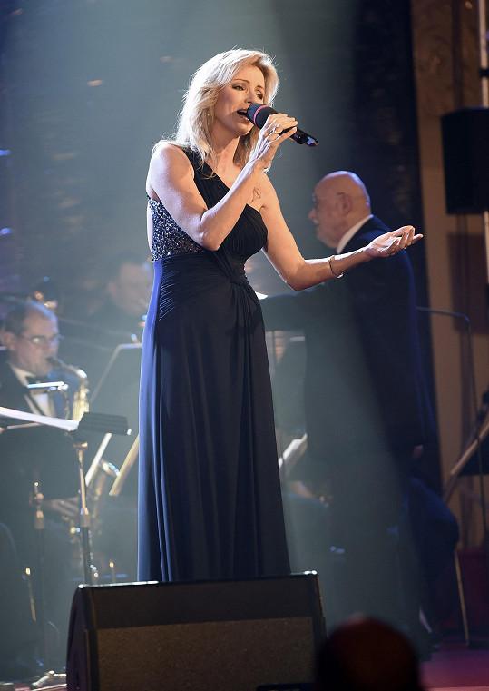 Kateřina Brožová zazpívala na narozeninovém koncertu dirigenta Václava Hybše.