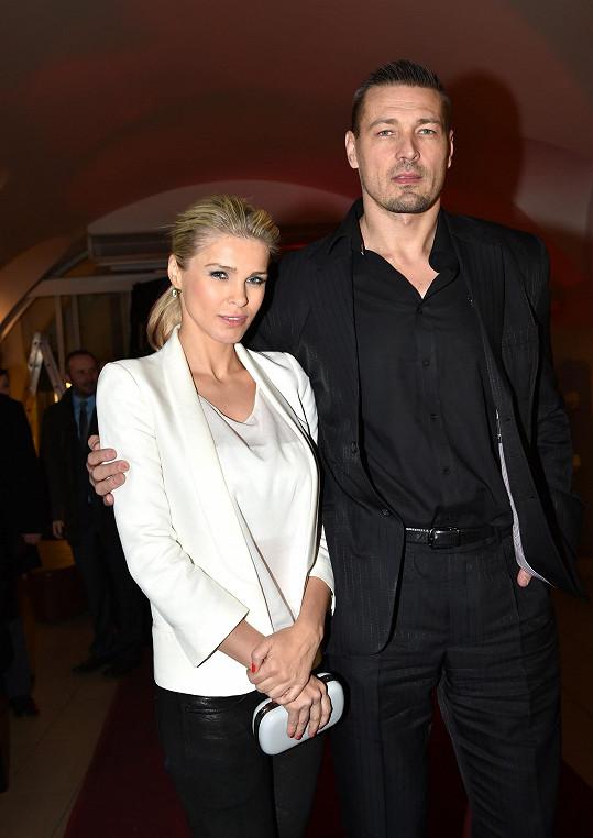 Romana a Petr Jáklovi na premiéře