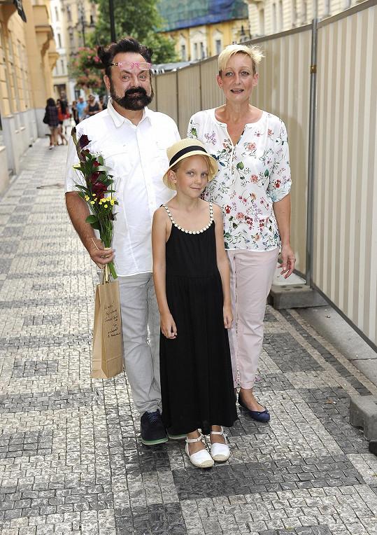 S manželkou a mladší dcerou