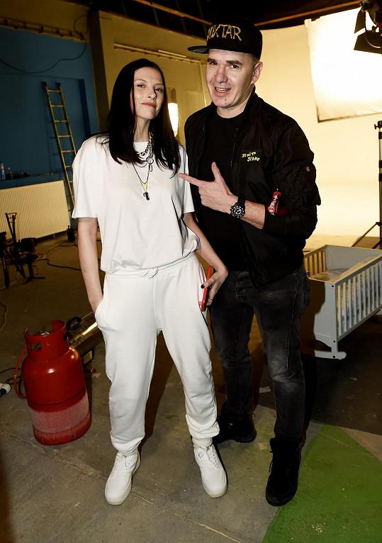 Nyní spolupracuje na novém hudebním projektu Ivy Frühlingové.