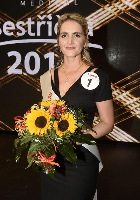 Letos soutěž vyhrála Kateřina Křenková, která si v rámci svého vítězství v Modrém kódu také zahraje.