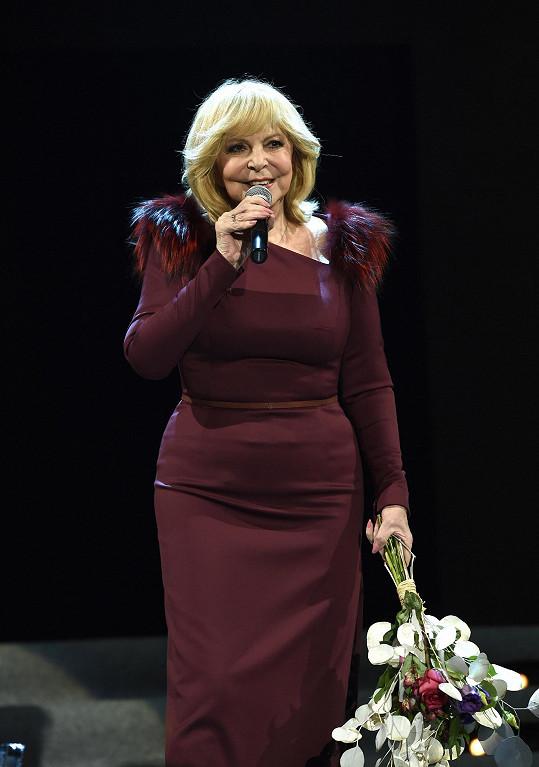 Zagorová zpívala před plným sálem Lucerny.