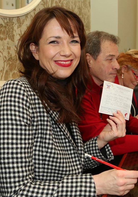 Tereza Kostková září jako sluníčko.