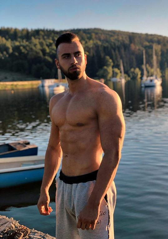 Fitness trenér celebrit Pavel