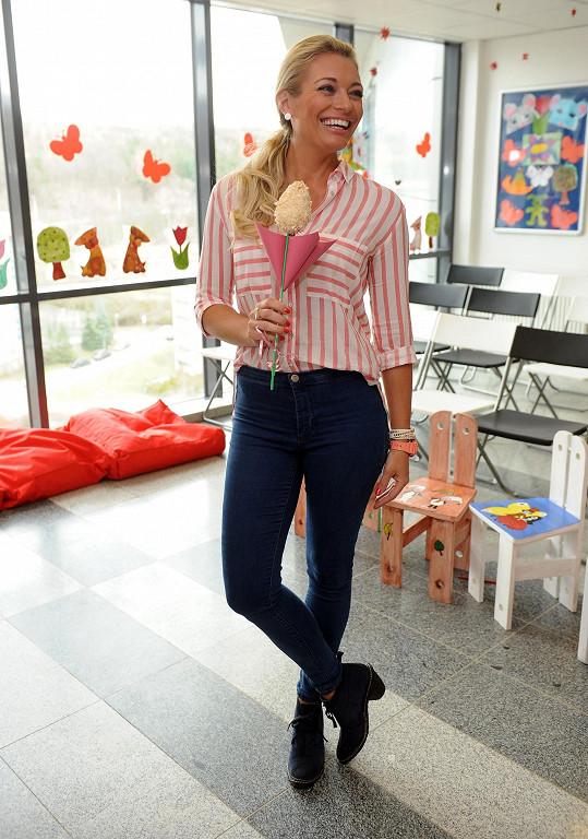 Lucie přijela potěšit onkologicky nemocné děti do motolské nemocnice.