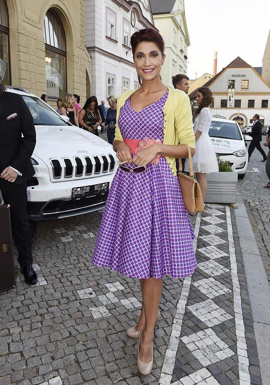 Michaela Zemánková se vyfikla ve stylu pin-up girls.