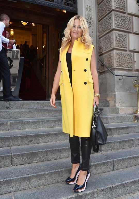 Monika Babišová si nenechala ujít týden módy.