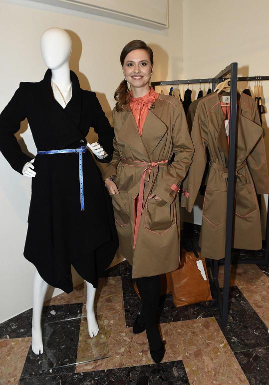 Model Lenky Mulabegovič jí slušel.