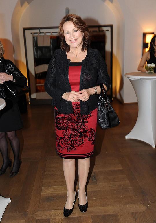 Zlata Adamovská na párty kosmetické firmy.