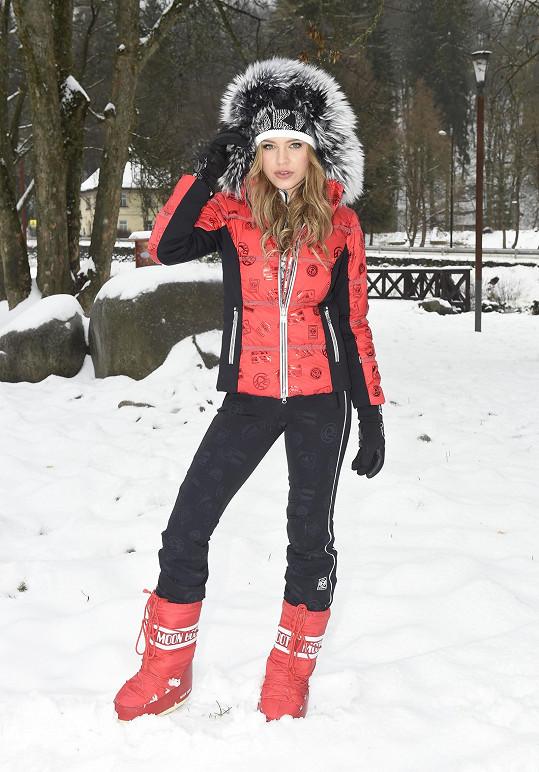 Slovenská modelka Karolína Chomisteková zde i pracovala, fotila kolekci pro Sportalm.