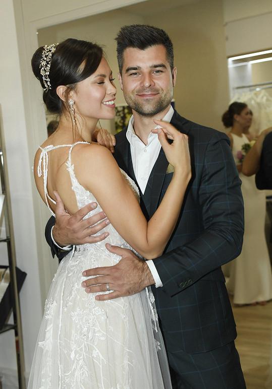 S manželem Martinem se těší na prvního potomka.