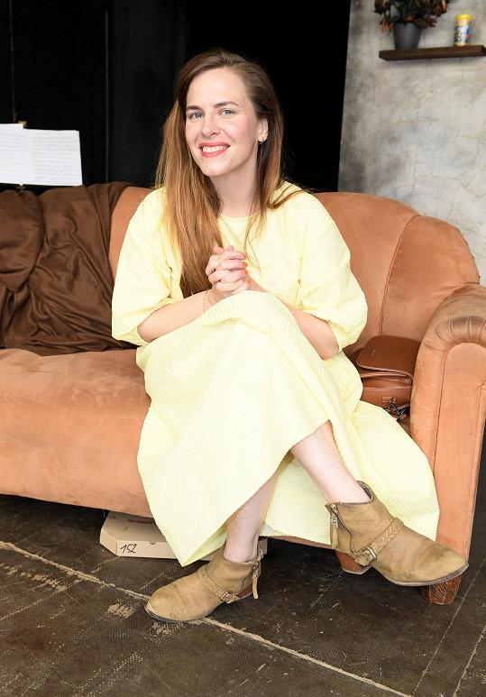 Na Letní scéně Divadla Ungelt hraje Petra ve dvou představeních.