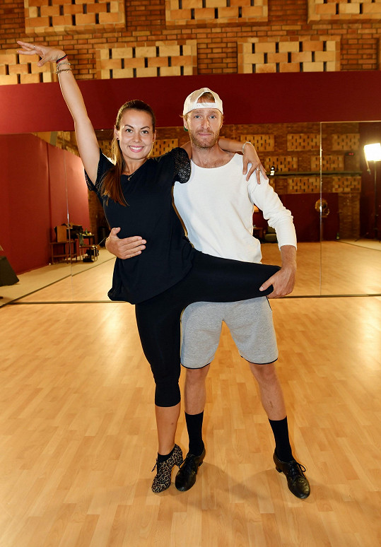 S tanečnicí Michaelou Novákovou trénují každý den.
