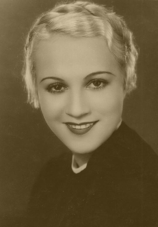 Adina v dalším filmu Haase a Friče Ať žije nebožtík (1935).