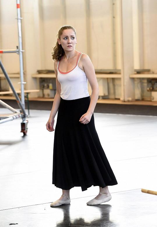 Romea a Julii zkouší i Andrea Gabrišová, baletka Meg z Fantoma opery.