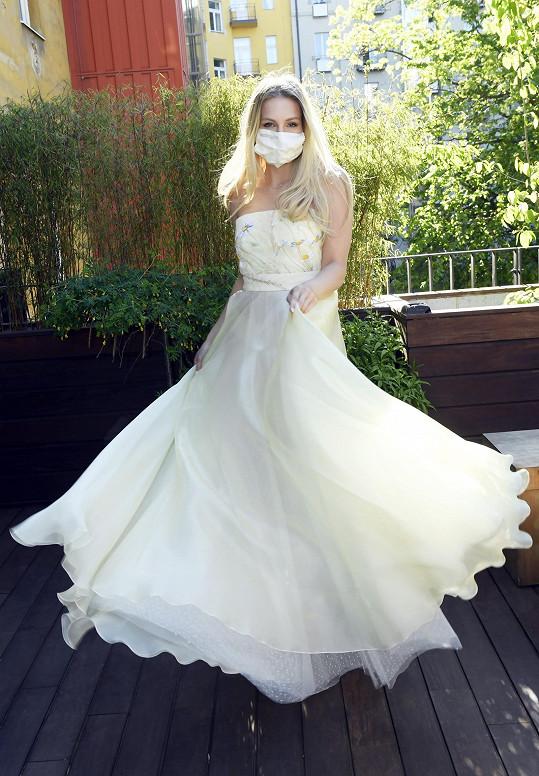 Karolína patří mezi oblíbenkyně návrhářky Beaty Rajské.