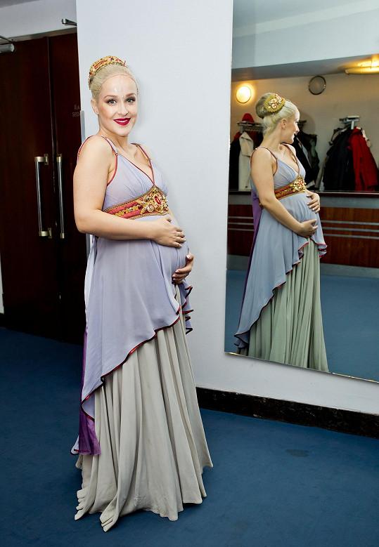 Lucia v kostýmu Octavie z muzikálu Kleopatra.