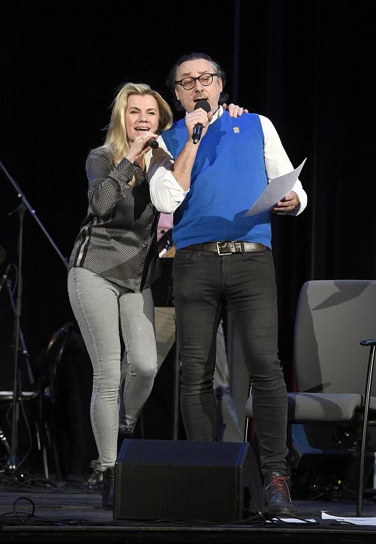 S Leonou Machálkovou připravuje sérii koncertů.