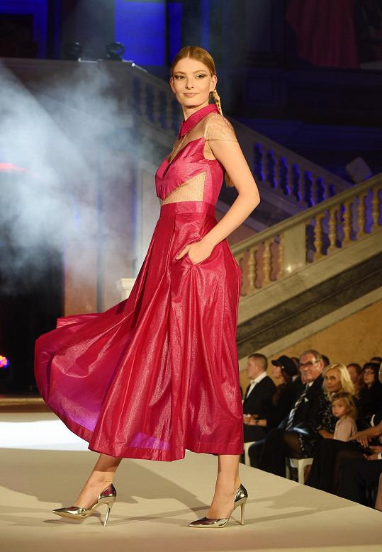 Barvu Barbie přisoudila Beata i její kolegyni ze soutěže Tereze Křivánkové.