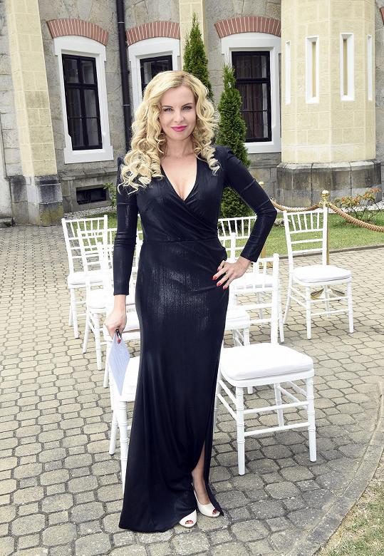 Kateřina Kristelová v roli svatební koordinátorky