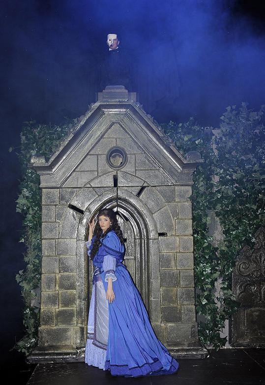 Zde Karel s Gábinou zase jako Fantom opery a Christine