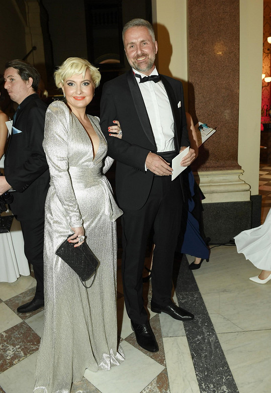 Se svým doprovodem, podnikatelem Filipem Duškem