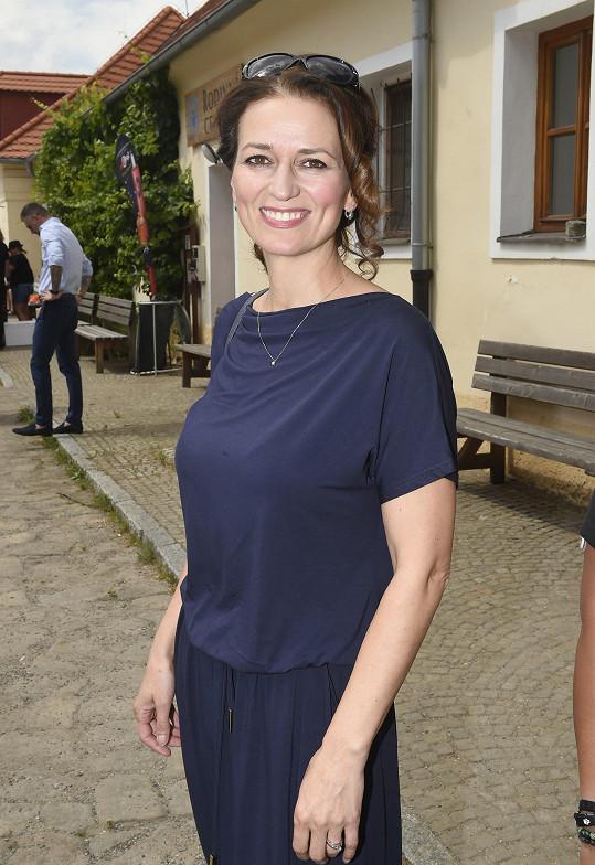 Adéla Gondíková oslavila 47. narozeniny.