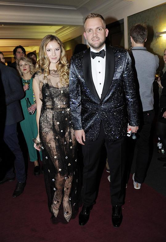Libor Bouček s přítelkyní na udílení cen Anděl