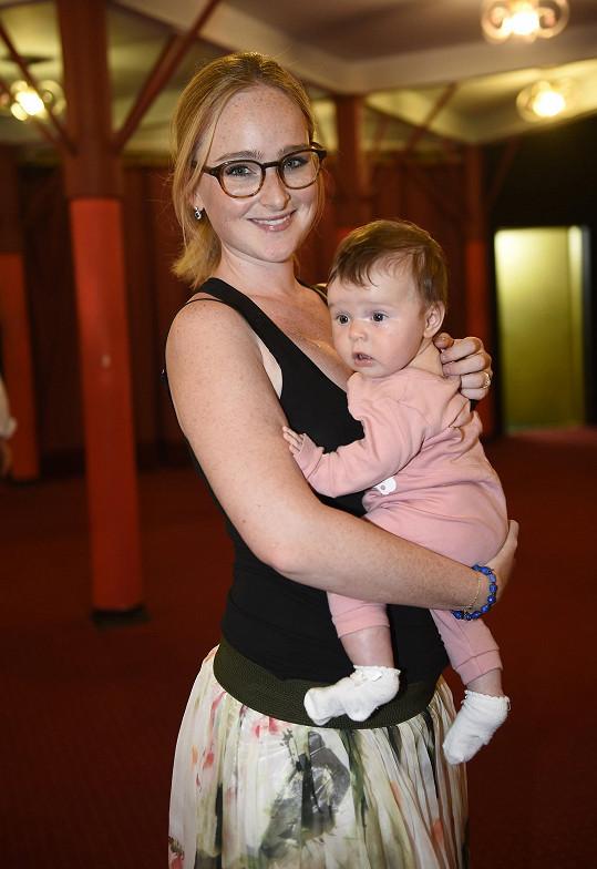 Tereza s dcerkou Madlenkou